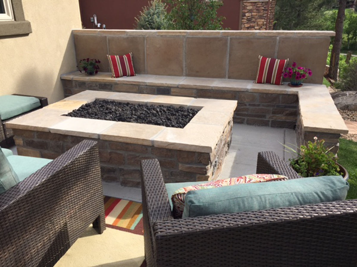 Fire Pit and Seat Wall (2) (4x3)